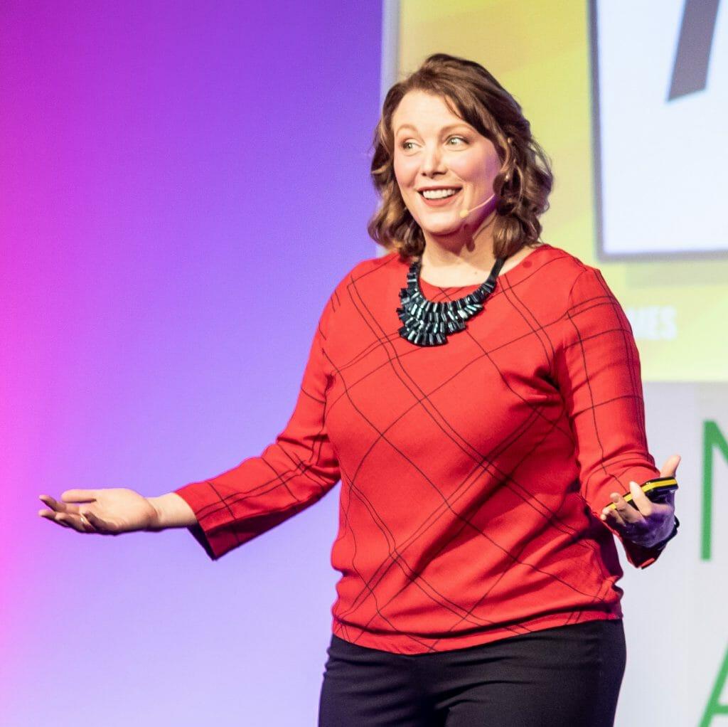 Contact Julie | Julie Holmes Technology & Innovation Speaker